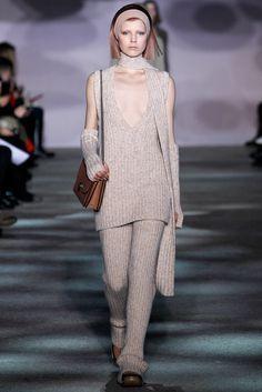 Marc Jacobs Fall 2014 Ready-to-Wear Fashion Show - Ola Rudnicka