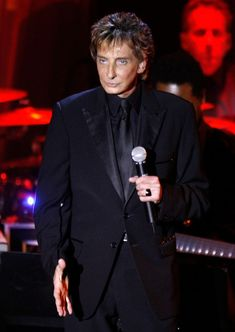 Barry Manilow California | ... photo barry manilow singer barry manilow performs at the 2009 grammy