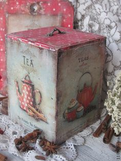 "Baskets, Boxes for handmade. Fair Masters - handmade ""Teas and coffes in 1960 . Decoupage Box, Decoupage Vintage, Chicken Painting, Painting On Wood, Altered Cigar Boxes, Foto Transfer, Wood Crafts, Diy And Crafts, Pintura Country"
