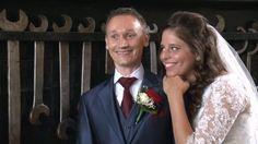 Zaterdag 19 september 2015 trouwde Kars & Bianca in de Roode Schuur te Nijkerk. In de vroege ochtend werd eerst de fotosessie gemaakt op het vliegveld Lelystad. Daarna nam de Nijkerkse fotograaf Robert Koelewijn het bruidspaar mee naar het stoomgemaal Hertog Reijnout. Enkele mooie shots werden gemaakt met de drone. Tijdens het diner werd de clip gemonteerd voor de avondgasten. Het was dus weer genieten.