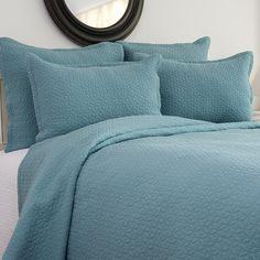 Aegean Blue Manchester Full/Queen Quilt & 2 Standard Shams Bedding Set