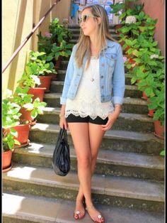virginiamoon Outfit   Verano 2012. Combinar Camiseta Blanca Zara, Shorts Negros H