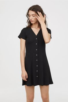 Dress with Buttons - Black - Ladies   H&M US 1