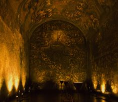 Extreme Acoustics in the Emanuel Vigeland's Museum