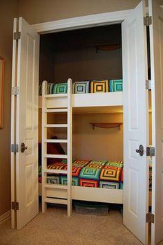 Camas infantiles en armarios