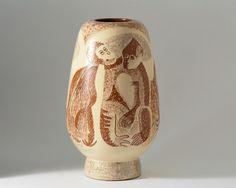 Vase, designed by Vicke Lindstrand for Uppsala Ekeby — Modernity