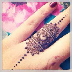 Minimal Henna | Hashtag Hijab