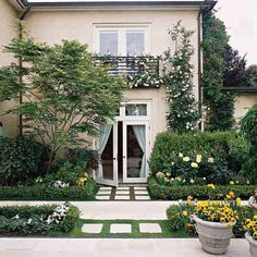 139 best beautiful yards images landscaping front yard rh pinterest com