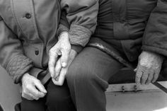 I love seeing old people still in love and holding hands. it gives me hope and something to look forward to =) Still In Love, Real Love, All You Need Is Love, True Love, Old Couples, Couples In Love, Couple Holding Hands, Hold Hands, Touching Hands