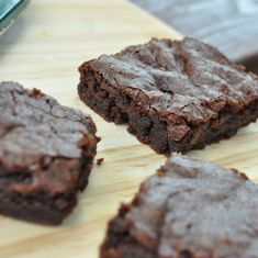 This brownie recipe will be the best brownies you ever bake! This quick and easy dessert recipe incorporates cocoa powder, vanilla, and walnuts to create delicious, moist brownies. Your kids and friends will love this homemade brownie for a dessert or sweet snack!
