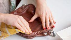 Cómo arreglar un bolso de cuero