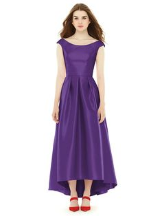 Alfred Sung Style D722 http://www.dessy.com/dresses/bridesmaid/d722/