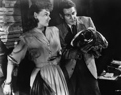 Ann Robinson and Gene Barry in War of the Worlds, 1953 - The Cut