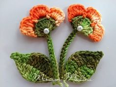 Crocheted pink pansies in box frame wall art Crochet Flower Tutorial, Crochet Flower Patterns, Crochet Art, Crochet Gifts, Irish Crochet, Crochet Motif, Baby Knitting Patterns, Crochet Designs, Crochet Doilies