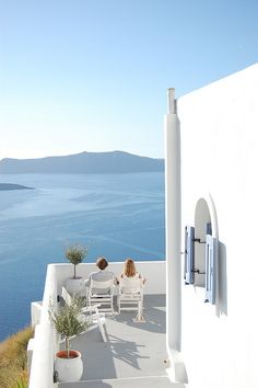 santorini- it's a big must for Summer 2013.