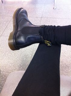 Note from Karin: These Doc Martens matte black Chelsea boots are my go to fall/winter footwear. I wore them at least 4 days a week last winter. Doc Martin Chelsea Boots, Dr Martens Chelsea Boot, Black Chelsea Boots, Dr. Martens, Sock Shoes, Shoe Boots, Ankle Boots, Dr Martens Flora, Inspired Outfits