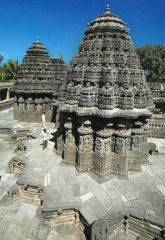 Keshava Temple of Hoysala Architecture at Somanathapura, Karnataka, India… Indian Temple Architecture, India Architecture, Religious Architecture, Ancient Architecture, Beautiful Architecture, Gothic Architecture, Temple India, Hindu Temple, Amazing India