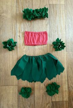 Handmade costume inspired by Disney's Lilo and Stitch. Lilo costume is available in size newborn through children's size It features the. Bff Halloween Costumes, Baby Girl Halloween, Halloween Inspo, Cute Costumes, Disney Costumes, Halloween Kostüm, Baby Costumes, Diy Lilo Costume, Costume Ideas