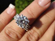 HUUUUGE round diamond