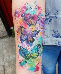 http://tattoomotive.net/wp-content/uploads/tattoomotive.net_schmetterling-tattoo-designs-mit-bedeutungen-1.jpg