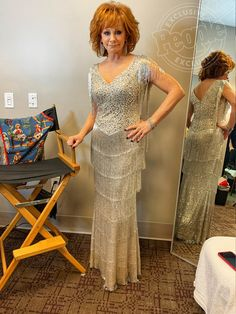 All About Reba McEntire's 7 Major Outfit Changes at the 2019 ACMs Tom Ford Suit, Star Pictures, Nail Pictures, Reba Mcentire, Country Music Singers, Fringe Dress, Famous Women, Timeless Beauty, Hair Dos