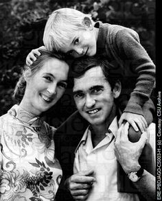 Jane Goodall, Hugo van Lawick and their son!