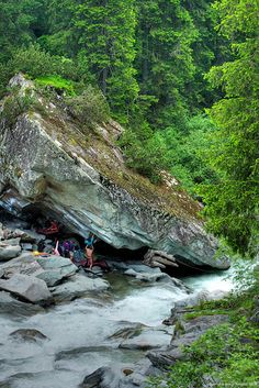 www.boulderingonline.pl Rock climbing and bouldering pictures and news Magic wood <H1>bouldering</H1> in switzerland