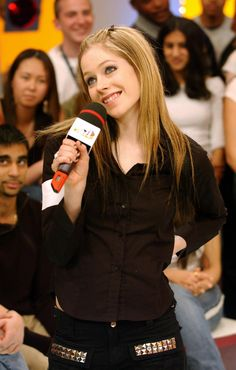 Avril Lavigne-New photo.:).