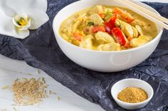 One-Pot Recipe: Thai Coconut Chicken Curry - Yum can't wait to try this. I love, love, love Thai food. I will also add some fresh pineapple chunks. Curry Recipes, Asian Recipes, New Recipes, Dinner Recipes, Cooking Recipes, Favorite Recipes, Healthy Recipes, Thai Recipes, Dinner Ideas