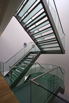 Hermitage Amsterdam, Amsterdam, 2005 http://bit.ly/GQbGyT #archilovers #architecture #stair