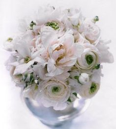 anemone flower arrangements | white anemone and peony #wedding flower arrangement