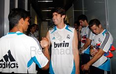 Zak's Blog: Real Madrid Facebook Pictures