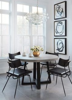 Contemporary living Room Decor - What do you do with extra space in a living room? Contemporary living Room Decor - What is best shape living table for small space? Boho Living Room, Living Room Colors, Living Room Decor, Dining Room Design, Dining Room Chairs, Dining Rooms, Kardashian Home, Kourtney Kardashian, Dining Room Inspiration