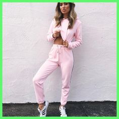 Women's Tracksuits 2 Piece Set Pink Crop Top And Pants Fashion 2017 Autumn Casual Lady Tumblr Long Sleeve Hoodies Pants Suit