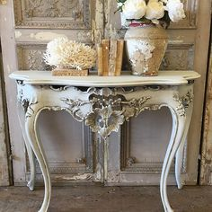 Italian Venetian style console coming soon to the web #console #antiques #fullbloomcottage email us for more info to info@fullbloomcottage.com for price and dimensions
