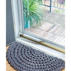 Half Moon Rugs - 10 Stylish Crochet Designs for a Personal Touch - You'll love these easy crochet rugs to the moon and back! Half-Moon Rugs from Leisu. Crochet Doily Rug, Crochet Carpet, Crochet Rug Patterns, Crochet Motifs, Crochet Home, Crochet Designs, Easy Crochet, Knit Crochet, Knitted Rug