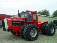 Massey-Ferguson5200 Four Wheel Drive