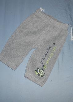 Kaufe meinen Artikel bei #Mamikreisel http://www.mamikreisel.de/kleidung-fur-jungs/hosen-hosen/27348980-jogging-hose-gr-62-ergee-sehr-guter-zustand
