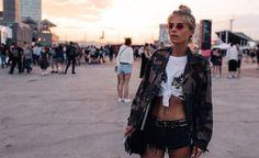Shoppe den coolen Festival-Look von Bloggerin Debi Flügge nach