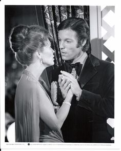 Movie PR Portrait - Warner Brothers Original PR Celebrity Image - 8x10 B/W