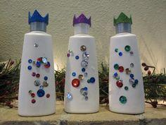 Els tres Reis de l'Orient fets d'ampolles de xampú.