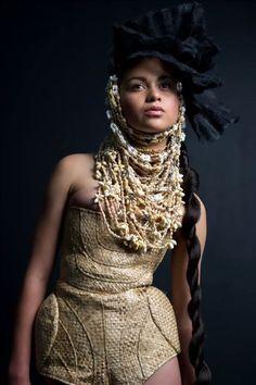south pacific creation. Tribal Fashion, Fashion Wear, I Love Fashion, Boho Fashion, Fashion Show, Fashion Outfits, Native Fashion, Fashion Design, Rush Dresses
