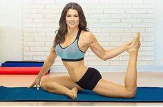 Find everything but the ordinary Danica Patrick Yoga, Sue Patrick, Hot Country Girls, Miranda Lambert, Hot Brunette, Muscle Girls, Athletic Women, Female Athletes, Sport Girl