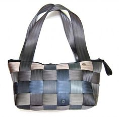 lined with denim Messenger Bag, Satchel, Belt, Handbags, Purses, Denim, Diy Projects, Crafts, Fashion