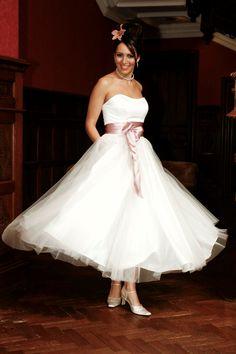 Aurora by Chanticleer Brides