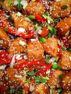 Legyen az ebéd vagy vacsora ez egy tökéletes recept. Nagyon egyszerű elkészíteni, gyorsan kész és szuper finom az ízélmény. Sokáig nem szerettem... Smoothie Fruit, Oriental Food, Easy Healthy Breakfast, Main Meals, Summer Recipes, Street Food, Main Dishes, Food Porn, Dinner Recipes