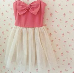 Cute dress.♡