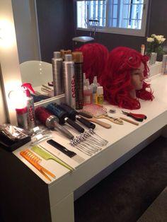 Yayaya Roxy se esta preparando! Violetta Disney, Violetta Live, Roxy, Queen, Mirror, Inspiration, Decor, Martina Stoessel, Beauty