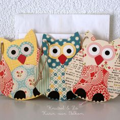 These are paper but would be cute to make these out of fabric for pot holders or pillows..so cute!