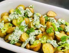Danish Food, Feta, Potato Recipes, Cobb Salad, Potato Salad, Tapas, Side Dishes, Food And Drink, Yummy Food